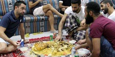 İldə 10 milyon maaş alır, yediyi yeməyə bax - FOTO