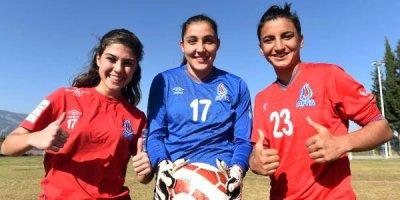 Türkiyə mediası Azərbaycan millisinin futbolçularından yazdı - FOTO