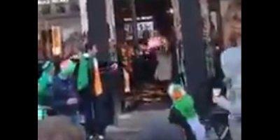 İrland fanatlar danimarkalı xanımlarla belə məzələndilər - VİDEO