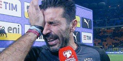 Buffon ağlaya-ağlaya karyerasını bitirdiyini açıqladı - FOTO