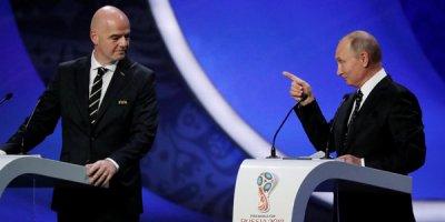 Futbolu sevməyən Putinin Dünya çempionatı: Öz qapısına qol vurdu