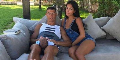 Ronaldonun sevgilisi ilk dəfə... - FOTO
