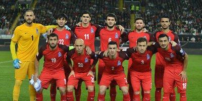 Qurban Qurbanov bu futbolçunu millidən kənarlaşdırdı