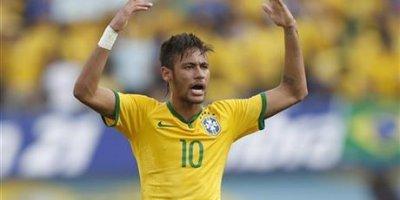 Neymar mundialda kimin parlayacağını açıqladı