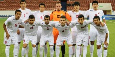 Qırğızıstan millisi Bakıya 23 futbolçu ilə gəlir