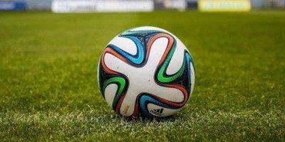 Milli komandamızda 28 futbolçu