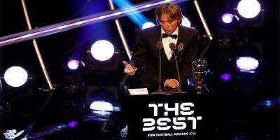 FIFA ilin ən yaxşılarını açıqladı - SİYAHI/FOTO/VİDEO