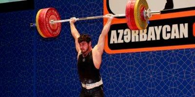 Azərbaycan çempionatında daha çəki dərəcəsində qaliblər müəyyənləşdi