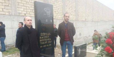 Futbol ictimaiyyəti Böyükağa Hacıyevin məzarını ziyarət edib - FOTOLAR