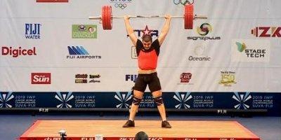 Əliş Nəzərov da dünya birinciliyində çıxış etdi