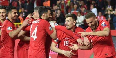 Türkiyə dünya çempionuna qalib gəldi - VİDEO