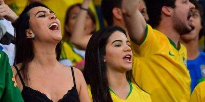 Braziliyalılar coşdu - FOTOLAR