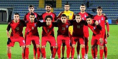 """Qarabağ"" futbolçularını milli komandadan geri çağırdı"