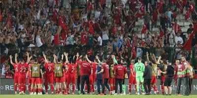 Türkiyə millisində 15 legioner