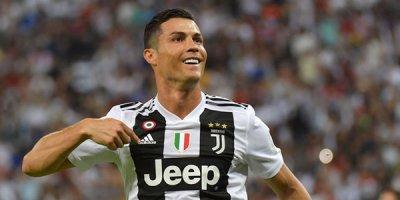 Ronaldo hamıdan çox maaş alır