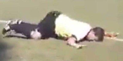 Hakim meydana içkili çıxdı, gülüş hədəfinə çevirildi - VİDEO