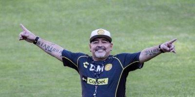 Maradona ilk qələbəsini belə qeyd etdi - VİDEO