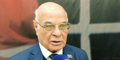 82 yaşlı vitse-prezident deputatlıqdan imtina edir