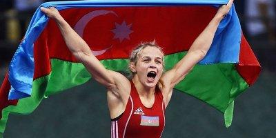 Mariya Stadnik yenə dünyanın ən güclüsü oldu