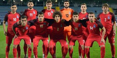 Azərbaycan millisinə 22 futbolçu çağırıldı