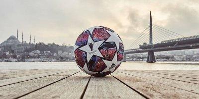 İstanbuldakı ÇL finalının rəsmi topu - FOTOLAR