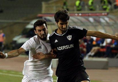 Gürcü futbolçu 0:5-ə görə hakimi günahlandırdı