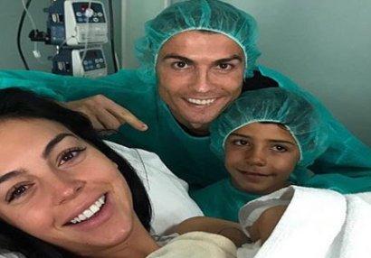 Ronaldo dördüncü dəfə ata oldu - FOTO