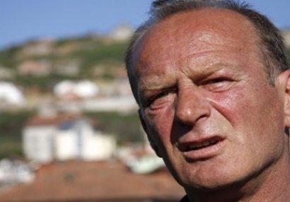Kosovonın baş məşqçisi Bakıdakı mətbuat konfransına qatılmadı