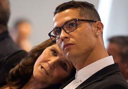 Ronaldonun anası: