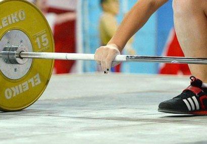 Azərbaycan ağır atletlərinə beynəlxalq yarışlarda iştirak icazəsi verildi