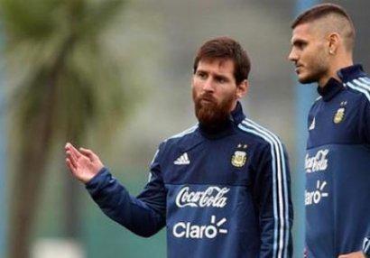 Messi kənarda qaldı, düşməni yığmaya çağırıldı