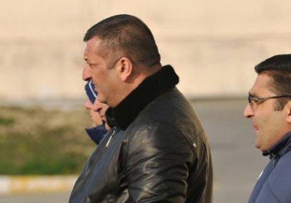 Zaur Axundov futbolçuların maaşını kəsdi