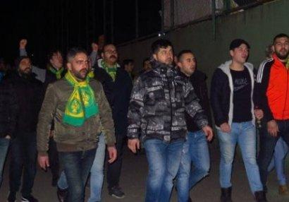 Türkiyədə azərbaycanlı iş adamına qarşı etiraz aksiyası - FOTO/VİDEO