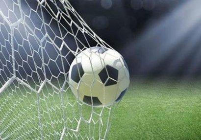 """Futbolumuzun bütün rakurslarda cırılan """"setkası"""""""