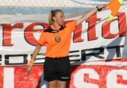 Futbolda dəhşət: qadın hakimi oyun zamanı yandırdılar - FOTO