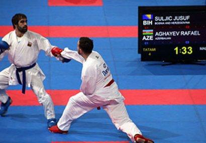 Rafael Ağayev 13-cü dəfə Avropa çempionatının finalında