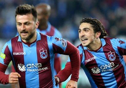 Şenol Günəş millimizin futbolçusunu Türkiyə yığmasına çağıracaq