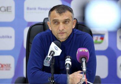 Elşad Əhmədov: