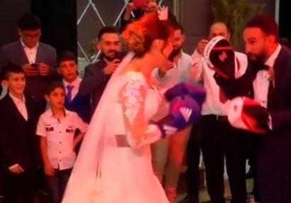 Azərbaycanlı dünya çempionu öz toyunda gəlinlə yumruqlaşdı - VİDEO