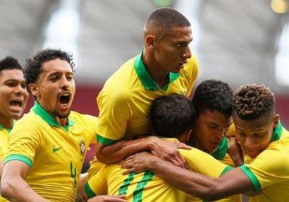 Braziliya Amerika Kubokuna darmadağınla başladı - VİDEO