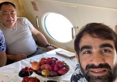 Rafael Ağayevlə Hacı Əliyev prezident təyyarəsində - FOTO