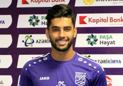 İran millisinin futbolçusu Azərbaycanda - RƏSMİ