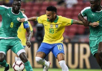Neymar 100-ə çatdı, Braziliya