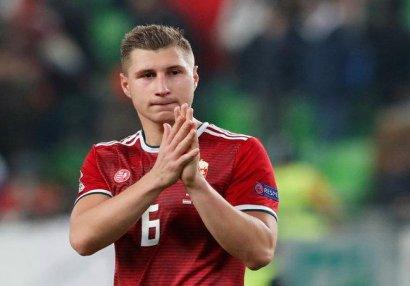 Macar futbolçu: