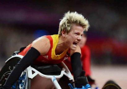 Paralimpiya çempionu özünü öldütdürdü