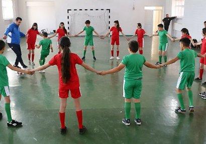 Təhsillə idmanı birləşdirən körpü: Bölgələrdə uşaq futbolu necə inkişaf etdirilir? - ARAŞDIRMA