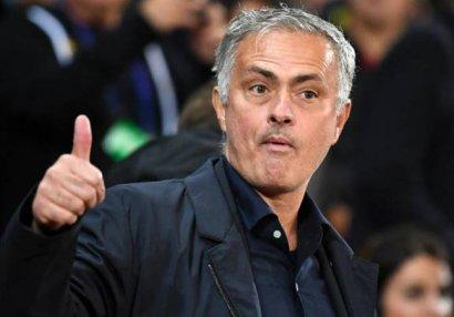 Daha bir klub Mourinyo ilə danışıqlara başladı