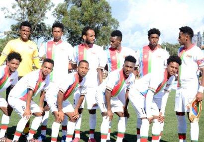 Milli komandanın futbolçuları qaçdı