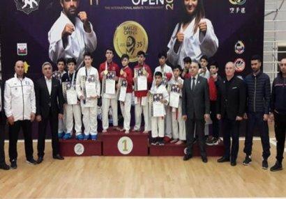"Arpaçay Karate Klubu XI ""Baku Open""in 2-cisi oldu - FOTOLAR"