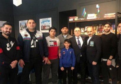 Вернувшиеся из Венгрии в Баку спортсмены помещены в карантин (ФОТО)